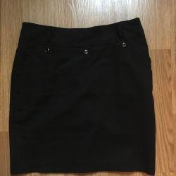 Black classic skirt