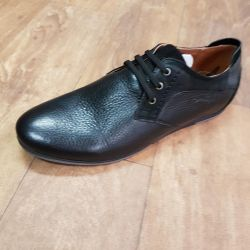 Δερμάτινα παπούτσια ??