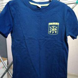 T-shirt is a new dark blue, the growth of 134 crocodiles