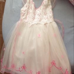 Dress for a girl 4-5 years old