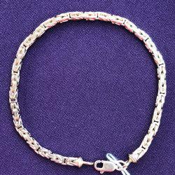 Золотой женский браслет лисий хвост