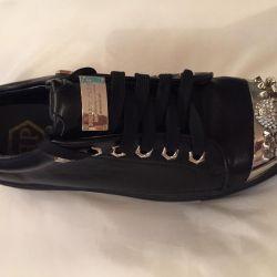 Women's shoes 37
