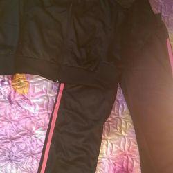 Sports suit. Size 42-46