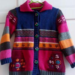 Yüksekliği 104-110 için kazak bluzlar