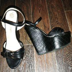 Sabot sandals on the platform p.37 black summer
