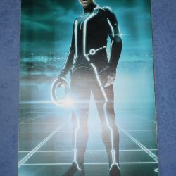 Posters of the heroes of the movie Tron-Heritage 2010