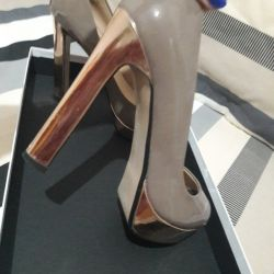 Shoes peep toe, no 39, metal, worn 2 times, in excellent condition