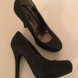 Pantofi de seară