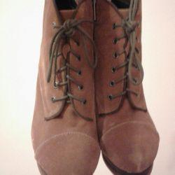 Γυναικείες μπότες αστράγαλο