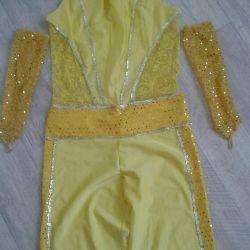 Κοστούμια για παραστάσεις