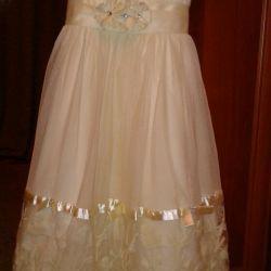 Φόρεμα κομψό για το κορίτσι 7let.