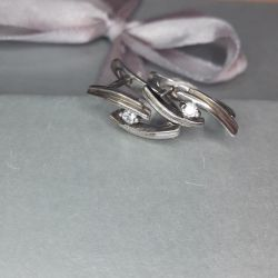 Earrings are made of silver 925 pr.Ves 2.16 gr