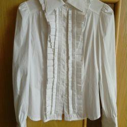 Nouă cămașă albă / bluză frumoasă și elegantă