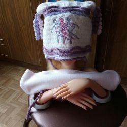 Καπέλο και κασκόλ για ένα κορίτσι