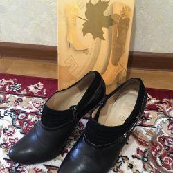 Cizme pentru pantofi r.37 (piele)