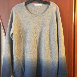 Cashmere sweatshirt