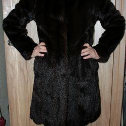 Tilki yakalı vizon ceket