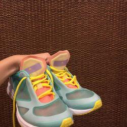 Στέλλα Macartney Sneakers