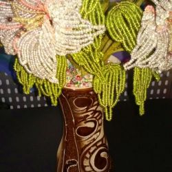 Bouquet of flowers from beads