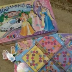 Board game for girls