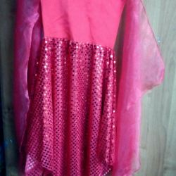 Performans için elbise (kiralık mümkün)