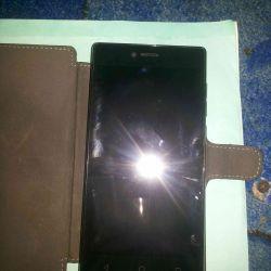Smartphone SENSEIT A 109