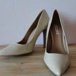 Μανγκό παπούτσια