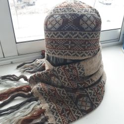 Hat with a scarf wool 100% (new)