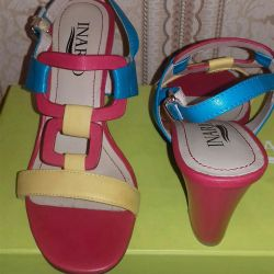 Yeni bayan deri sandalet