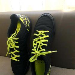 Footwear for a boy 34 KIPSTA