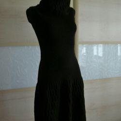 Dress LUISA SPAGNOLI, S excellent at M,