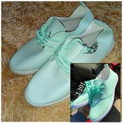 Yeni spor ayakkabı