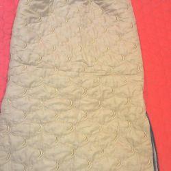 Комплект утепленный ( юбка и жилет)
