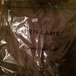 Νέα κασκόλ Oriflame