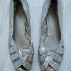 Shoes p 37