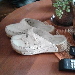 παπούτσια clogs