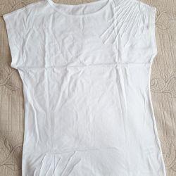 Нова футболка, біла, розмір 44-46