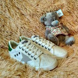 Sneakers 37.38