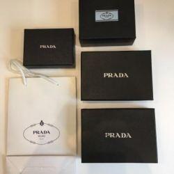 Prada kutuları ve Prada paketi
