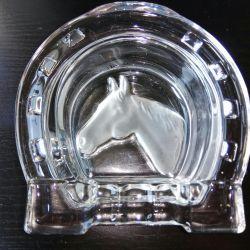Пепельница подкова с лошадью