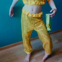 Costume for oriental dances for 4-6 years