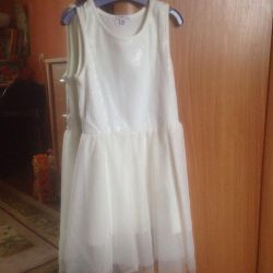 Платья размер 122/128