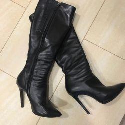 Boots Nando Muzi, Italy
