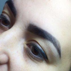Correction and staining of eyebrows / eyelashes