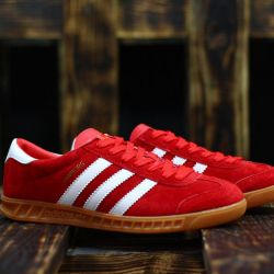 Adidas Hamburg red!