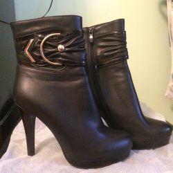 Half boots NEW