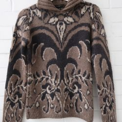 Unreal warm sweater Etro. Original