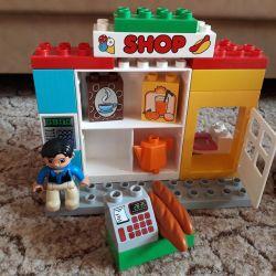 Lego duplo refueling
