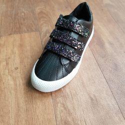 Γυναικεία παπούτσια ????