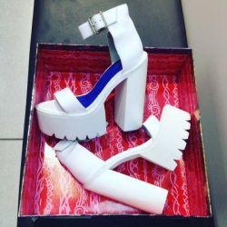 Yeni jeffrey campbel sandalet orijinal!
